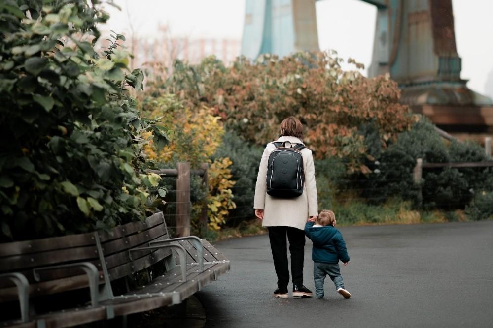Challenges-Expat-Parents_face